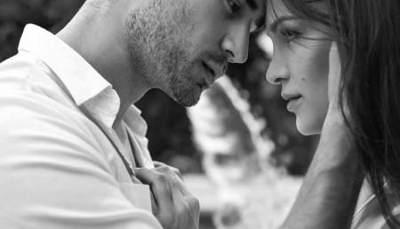 5 способов влюбить мужчину в себя сильнее1